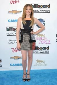 chloe-moretz-ap-images-billboard-music-awards-2013(1)__oPt