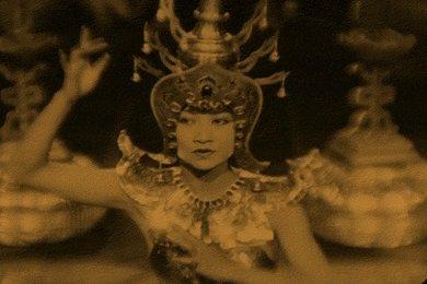 03-piccadilly-anna-may-wong-31