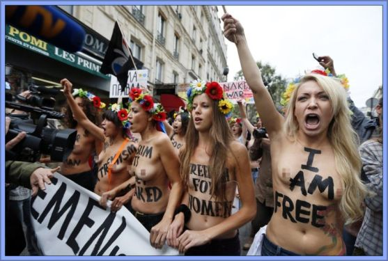 femen-protesters-echo-hippies-of-the-make-love-not-war-1960s